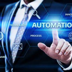 Mashups: Hand klickt Automatisierungsbutton