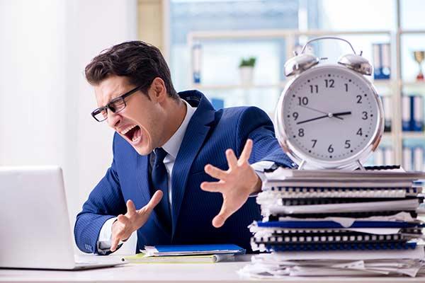 Weiterbildung: Mitarbeiter unter Zeitdruck